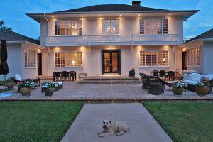 Schoeb Residence - Patio
