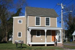 Encore-Sustainable-Design-Buffalo-Soldier-House